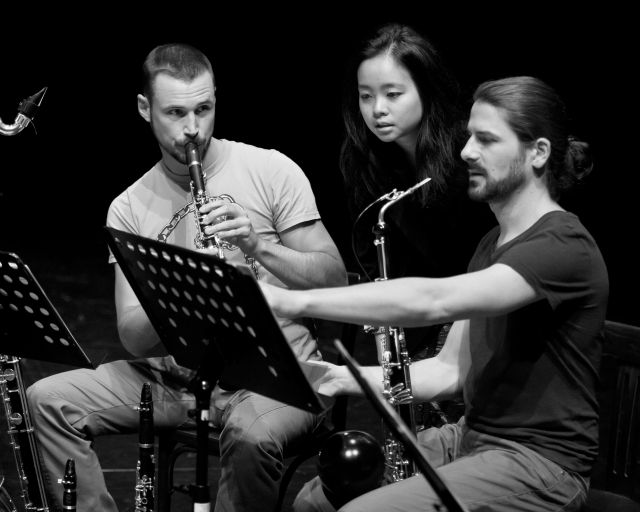 Double Jeopardy (2013) dress rehearsal with Ensemble Proton. Richard Haynes (clarinet), me, and Martin Bliggenstorfer (lupophon).